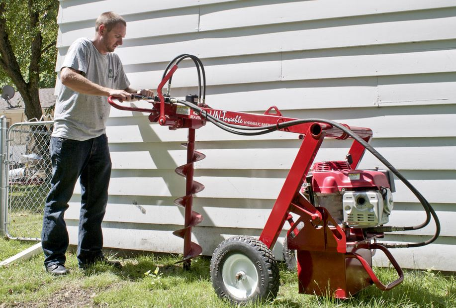 Little Beaver hydraulic untowable earth drill